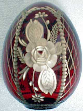 'Flowers on Red' Crystal Egg