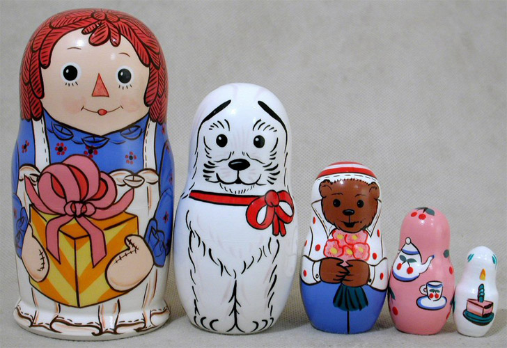 Raggedy Ann Birthday Nesting Doll