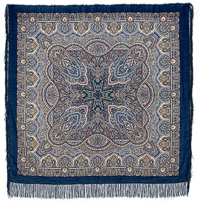 Chest Pavlovo Posad Shawl