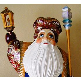 Santa: Couple Carved Figurine 2